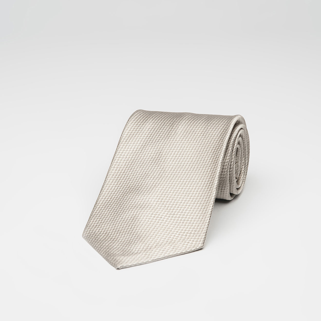 Μονόχρωμη Μπεζ Μεταξωτή Γραβάτα