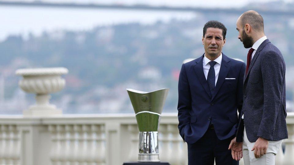 ποια γραβάτα φορουσε ο Σφαιρόπουλος στο final 4